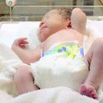 新生児に生理的体重減少がある理由は?減少率の計算方法は?