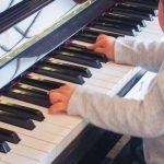 ピアノはいつからはじめる?―幼児期におけるピアノのメリット―