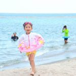 海水浴だけじゃない!子供が喜ぶ海での遊び【20種類】
