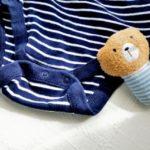 【育児の時短ワザ】ベビー服は先にボタンを留めてからお着替え!